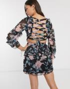 Parisian cross back dress in floral print-Black