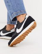 Nike Daybreak trainers in black and white